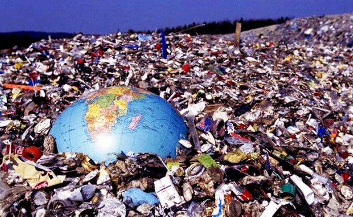 Jogamos lixo dentro do planeta